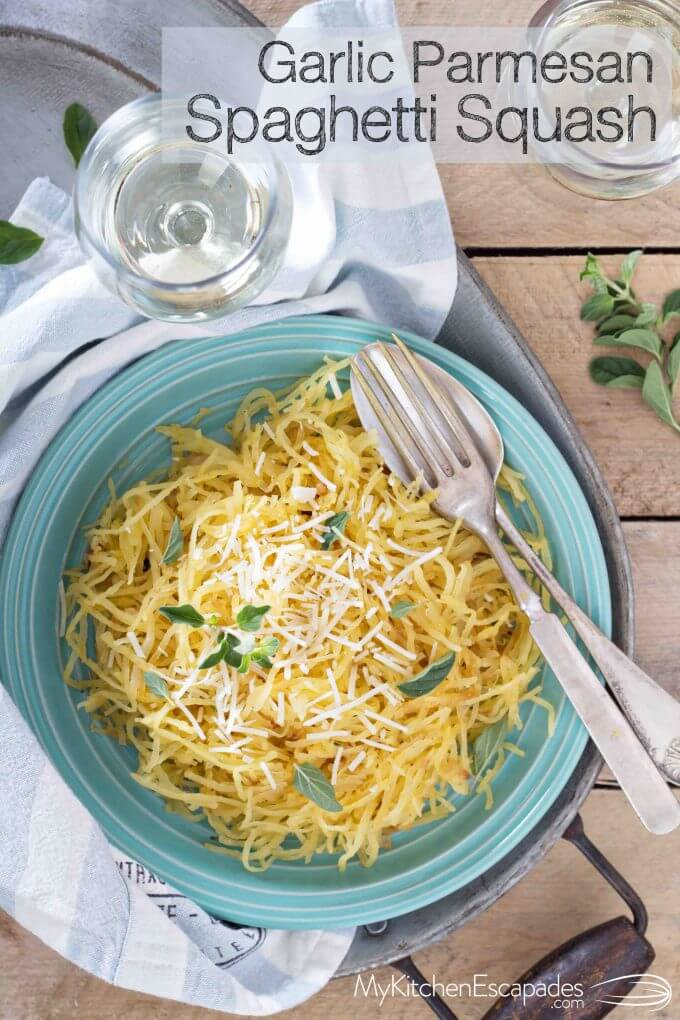 Garlic Parmesan Spaghetti Squash recipe that is low carb, healthy and a simple vegetarian side dish! Perfect for Thanksgiving or any fall dinner