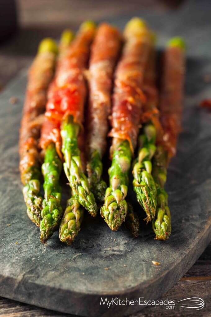 Crispy Prosciutto Wrapped Asparagus - My Kitchen Escapades